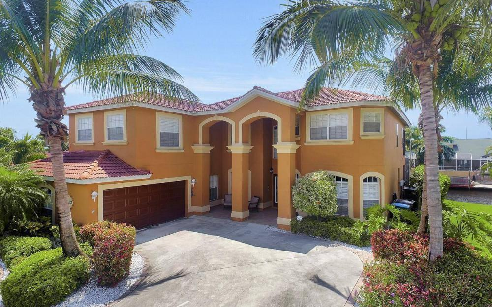 3328 SE 17th Pl, Cape Coral - House For Sale 2142751626