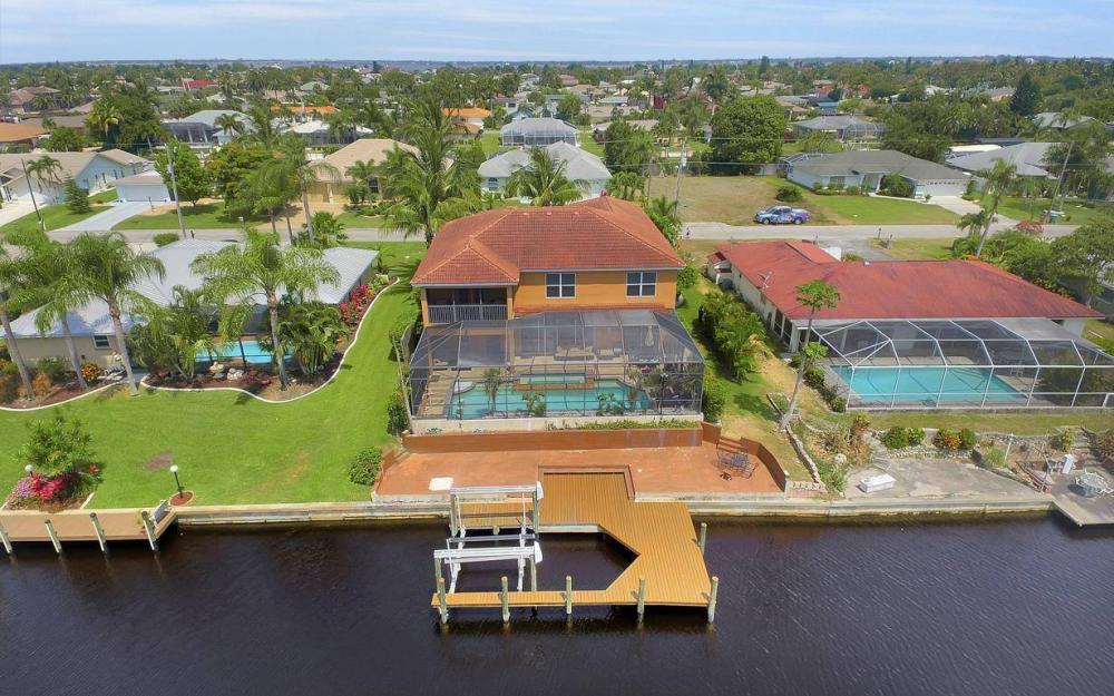 3328 SE 17th Pl, Cape Coral - House For Sale 251048570
