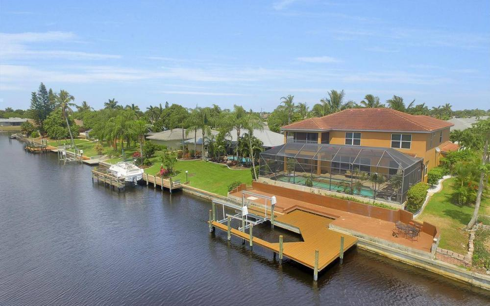 3328 SE 17th Pl, Cape Coral - House For Sale 953190324