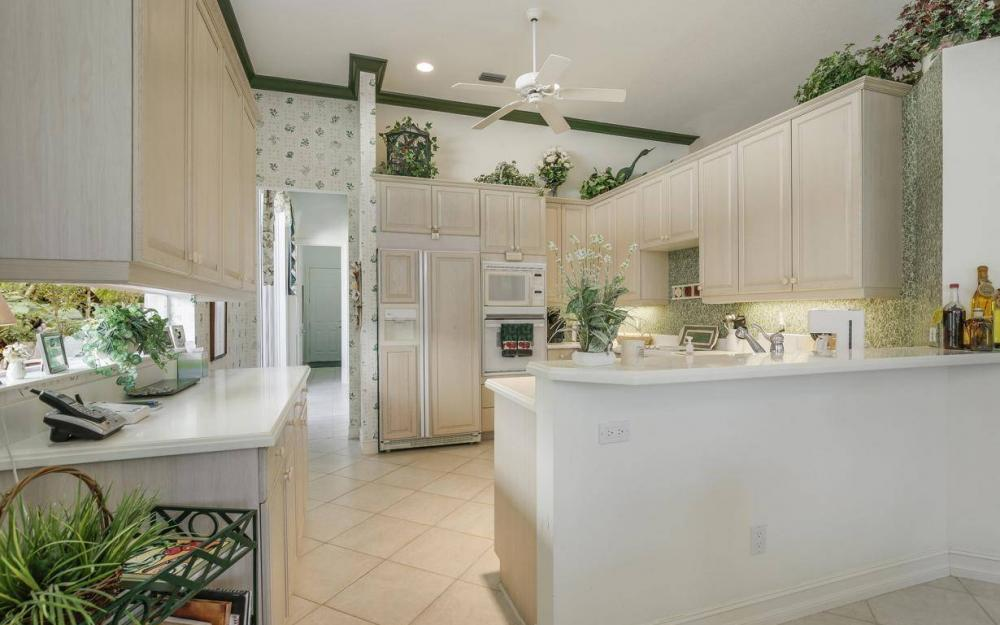 3633 Olde Cottage Ln, Bonita Springs - House For Sale 627174797