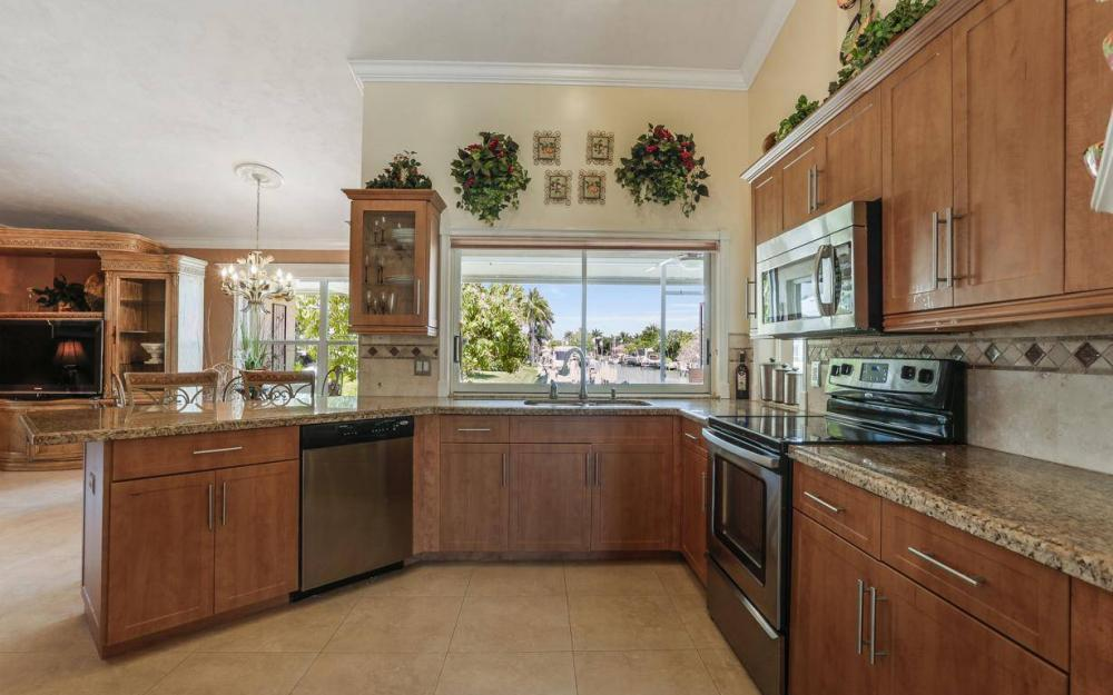 1760 Barbados Ave, Marco Island - House For Sale 350181050