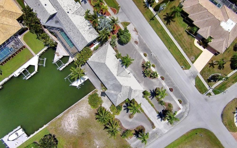 1760 Barbados Ave, Marco Island - House For Sale 1079879240