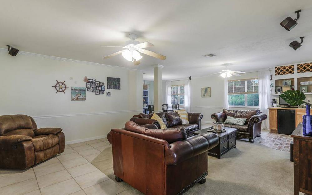 301 Colonial Ave, Marco Island - House For Sale 431171353