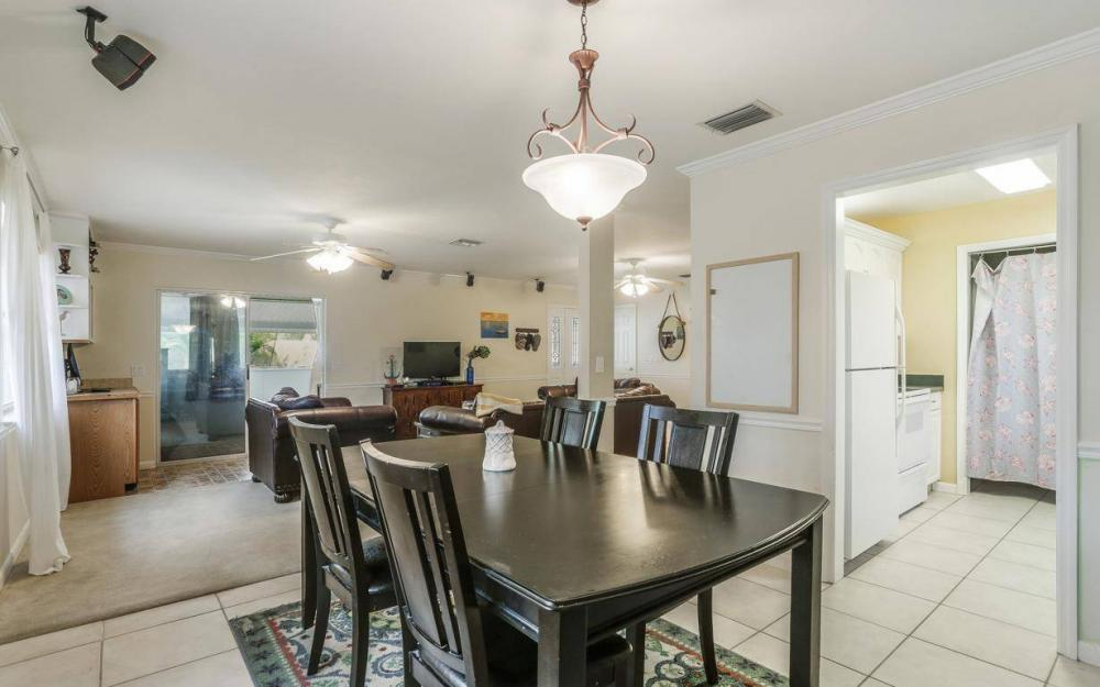 301 Colonial Ave, Marco Island - House For Sale 1670291473