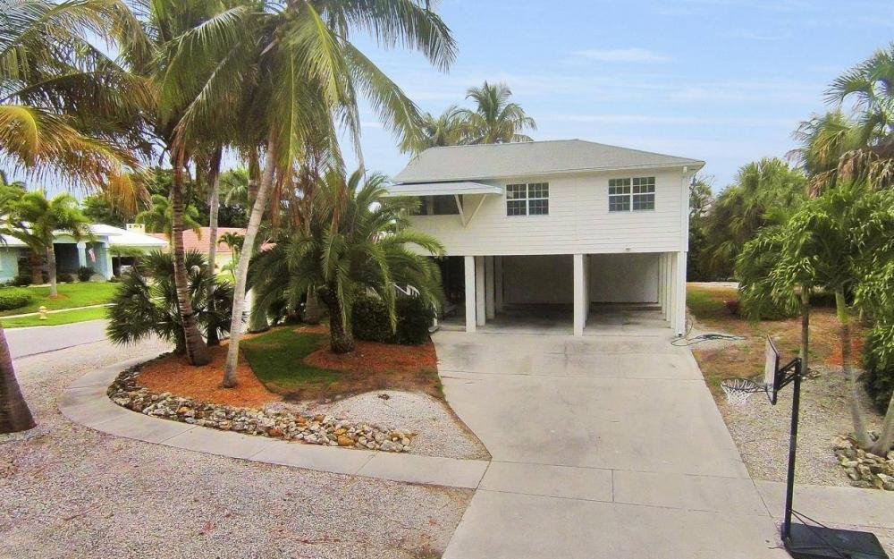 301 Colonial Ave, Marco Island - House For Sale 1074988454