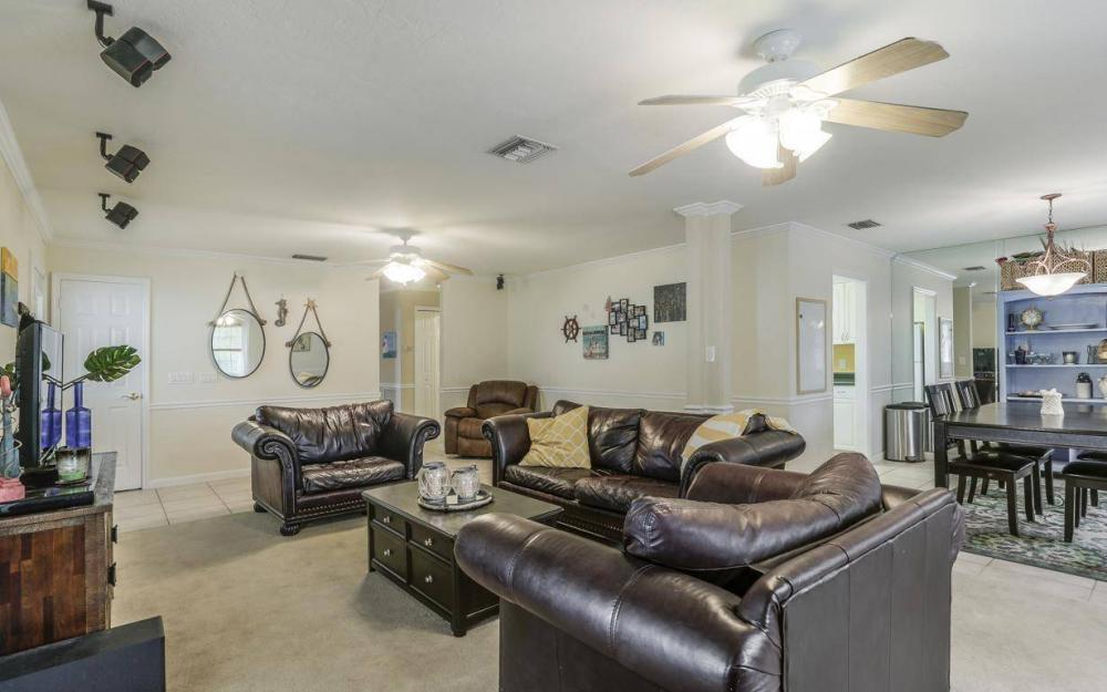 301 Colonial Ave, Marco Island - House For Sale 273689873