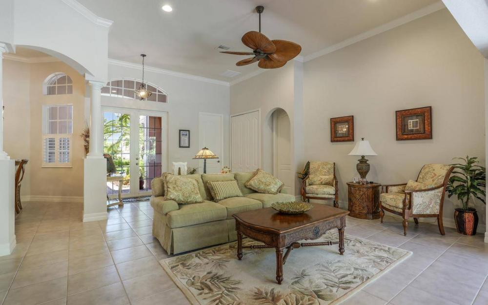 1903 Lagoon Ln, Cape Coral - House For Sale 61541275