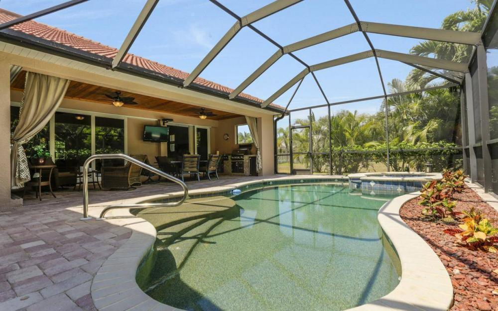 1903 Lagoon Ln, Cape Coral - House For Sale 329979260