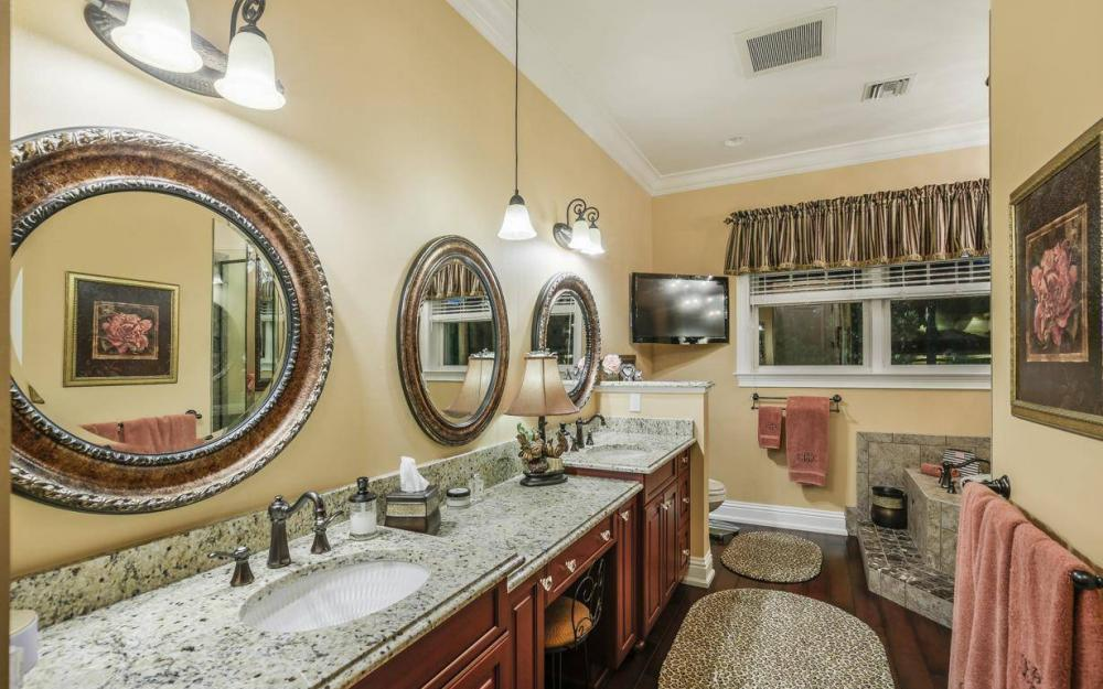 859 Cypress Lake Cir, Fort Myers - House For Sale 667507391