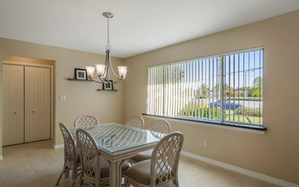 3301 Country Club Blvd, Cape Coral - House For Sale 541112439