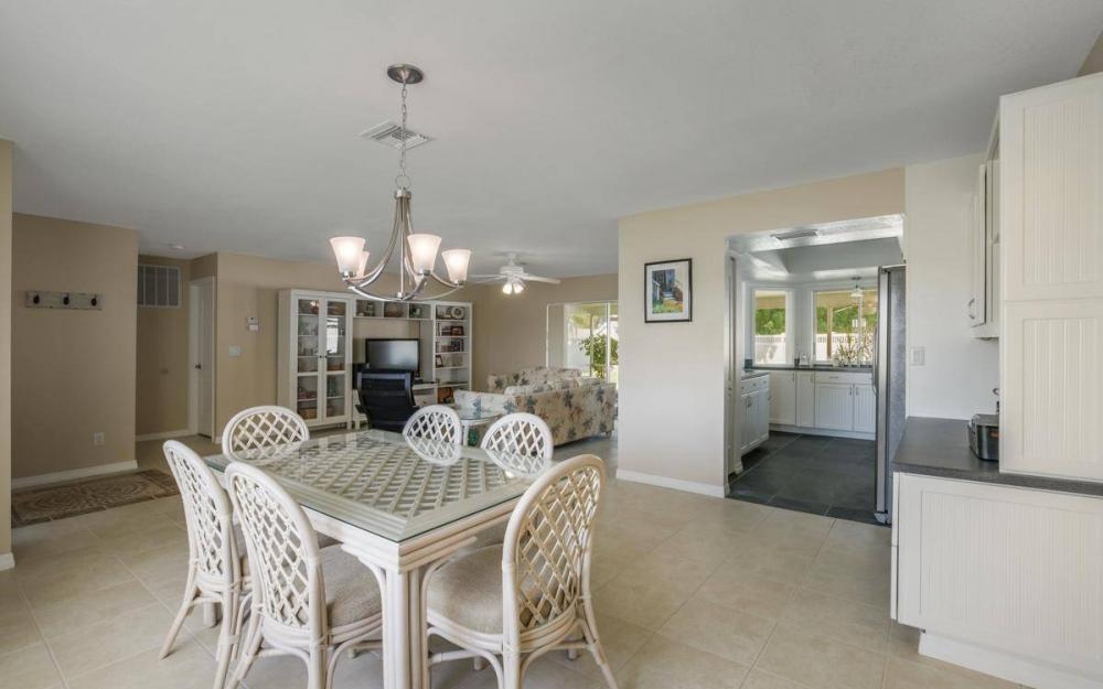3301 Country Club Blvd, Cape Coral - House For Sale 1114439319