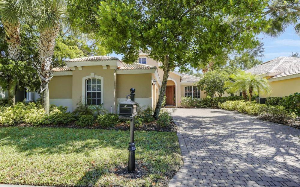 21940 Masters Cir, Estero - House For Sale 284496675
