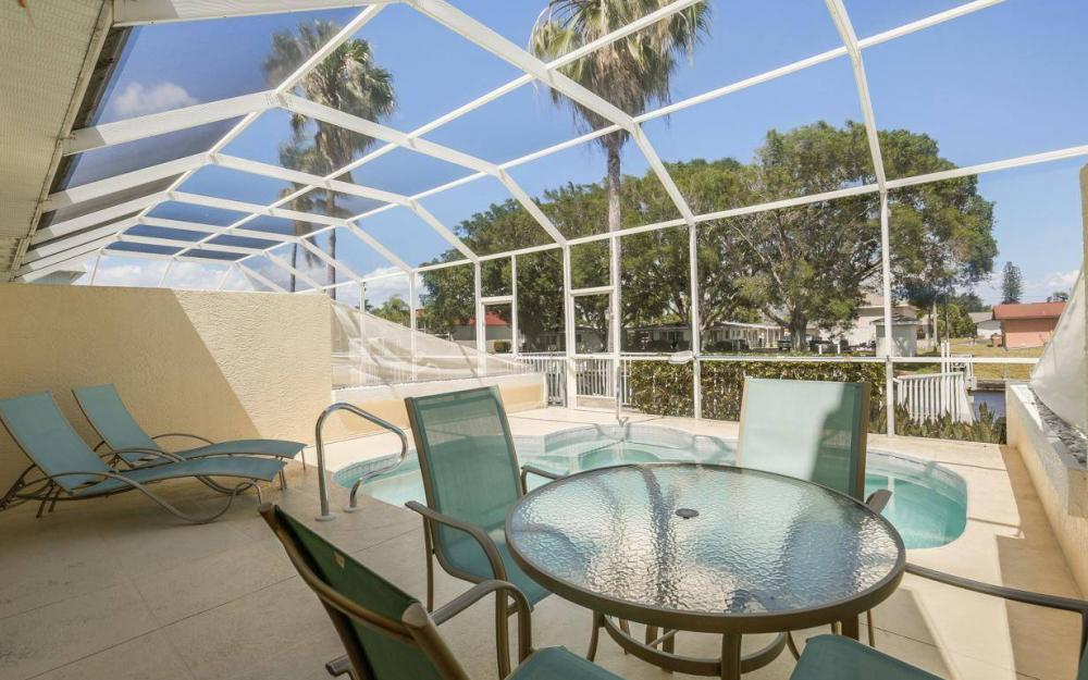 4969 Viceroy St, Cape Coral - House For Sale 41789055