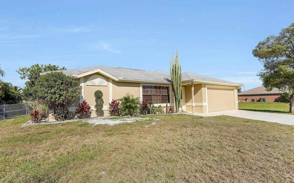 508 SW 8th Ct, Cape Coral - House For Sale 1513109416