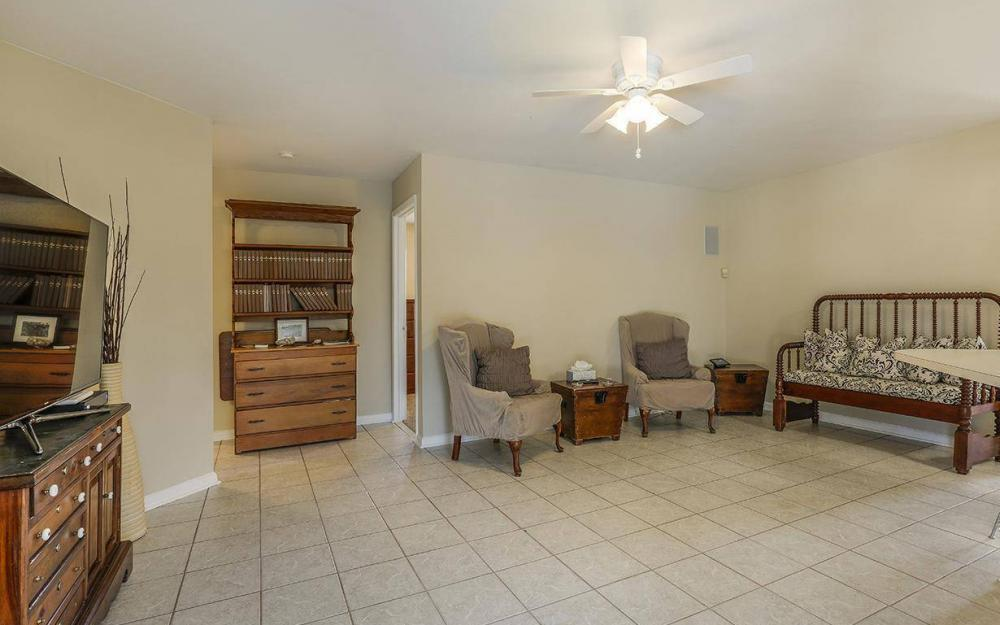 508 SW 8th Ct, Cape Coral - House For Sale 973129507