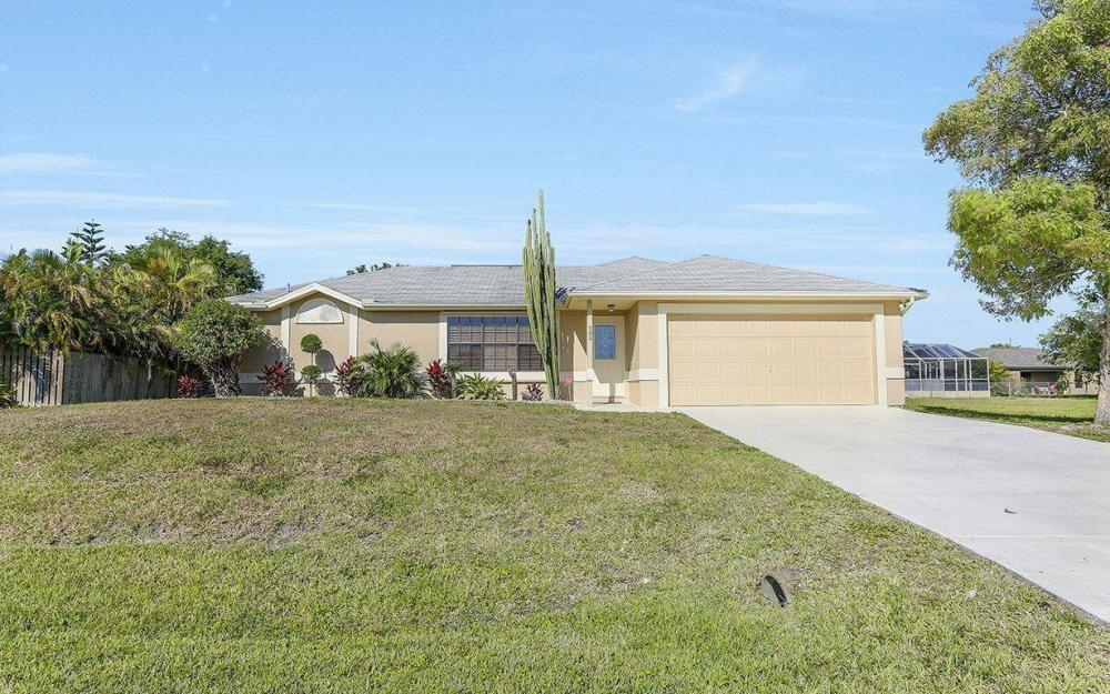 508 SW 8th Ct, Cape Coral - House For Sale 771570944