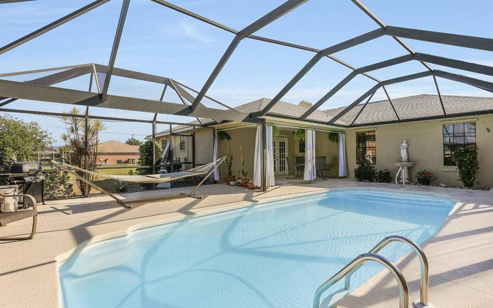 508 SW 8th Ct, Cape Coral - House For Sale 1005583597