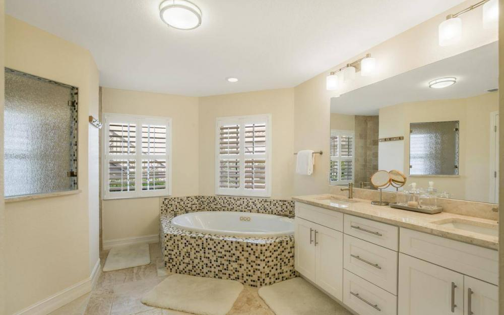 1763 SE 46th St, Cape Coral - House For Sale 388004772