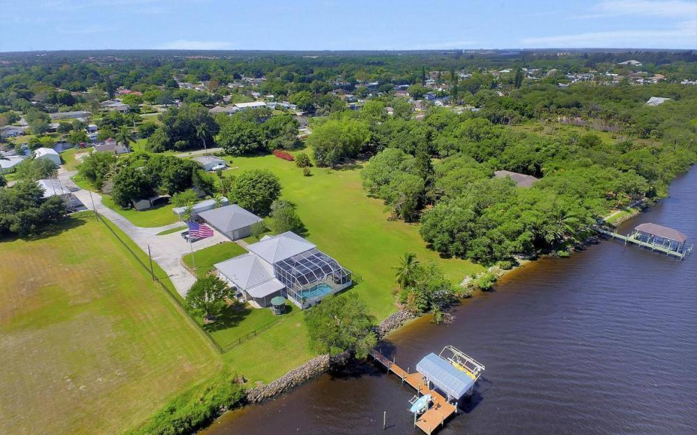 12614 River Rd, Fort Myers - House For Sale 217520463