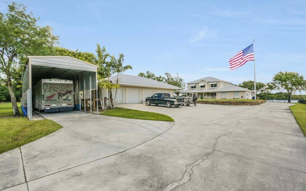 12614 River Rd, Fort Myers - House For Sale 2147468012