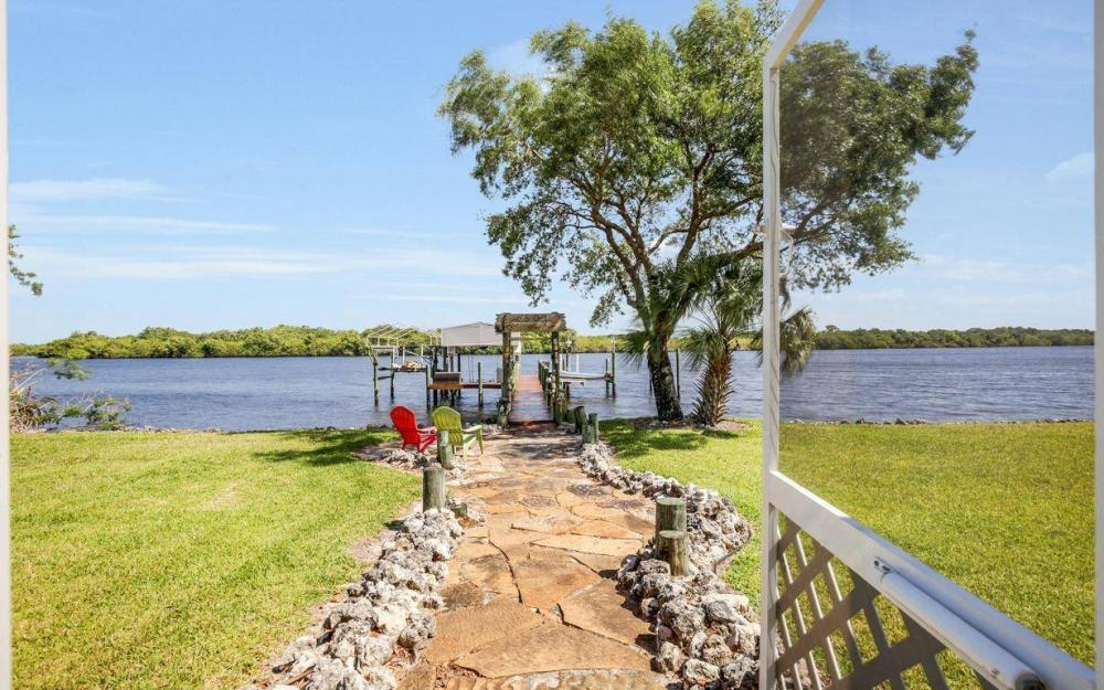 12614 River Rd, Fort Myers - House For Sale 2058115958