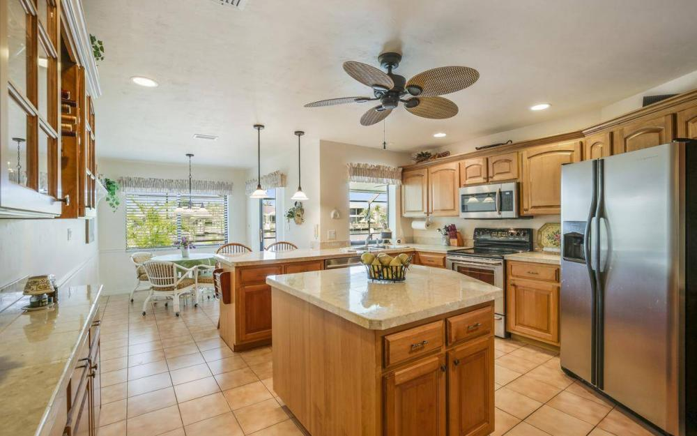 612 SW 56th St, Cape Coral - House For Sale 1696078849