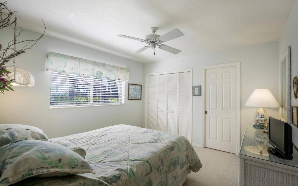 612 SW 56th St, Cape Coral - House For Sale 1226371648