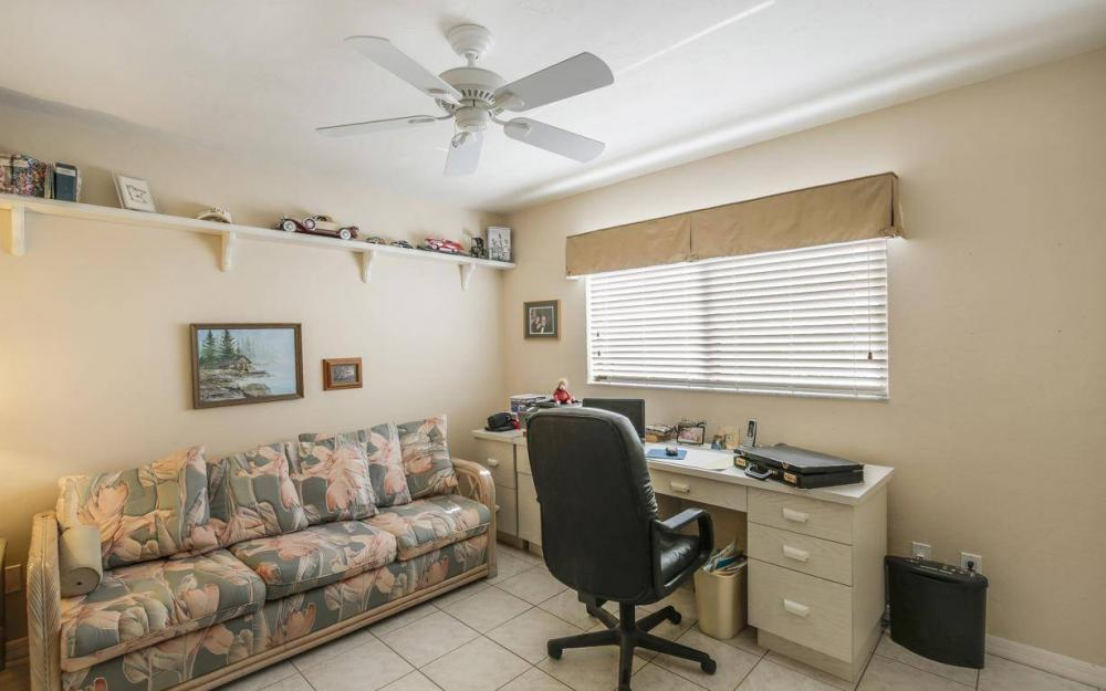 612 SW 56th St, Cape Coral - House For Sale 1918859550