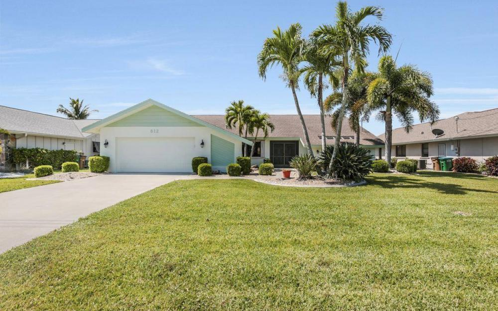 612 SW 56th St, Cape Coral - House For Sale 1314594207