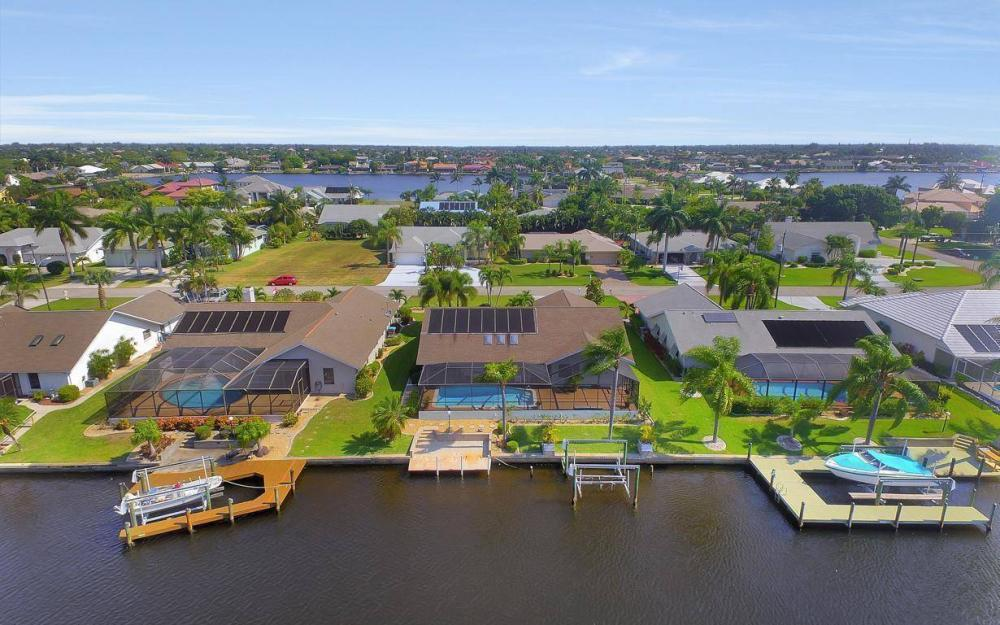 612 SW 56th St, Cape Coral - House For Sale 818336483