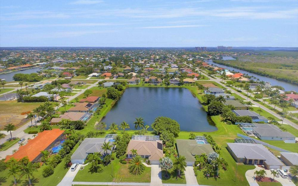 5417 Sands Blvd, Cape Coral - House For Sale 584137957