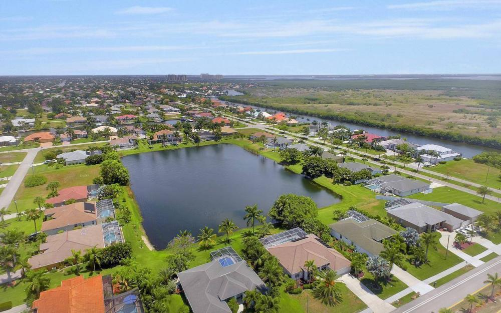 5417 Sands Blvd, Cape Coral - House For Sale 216565943