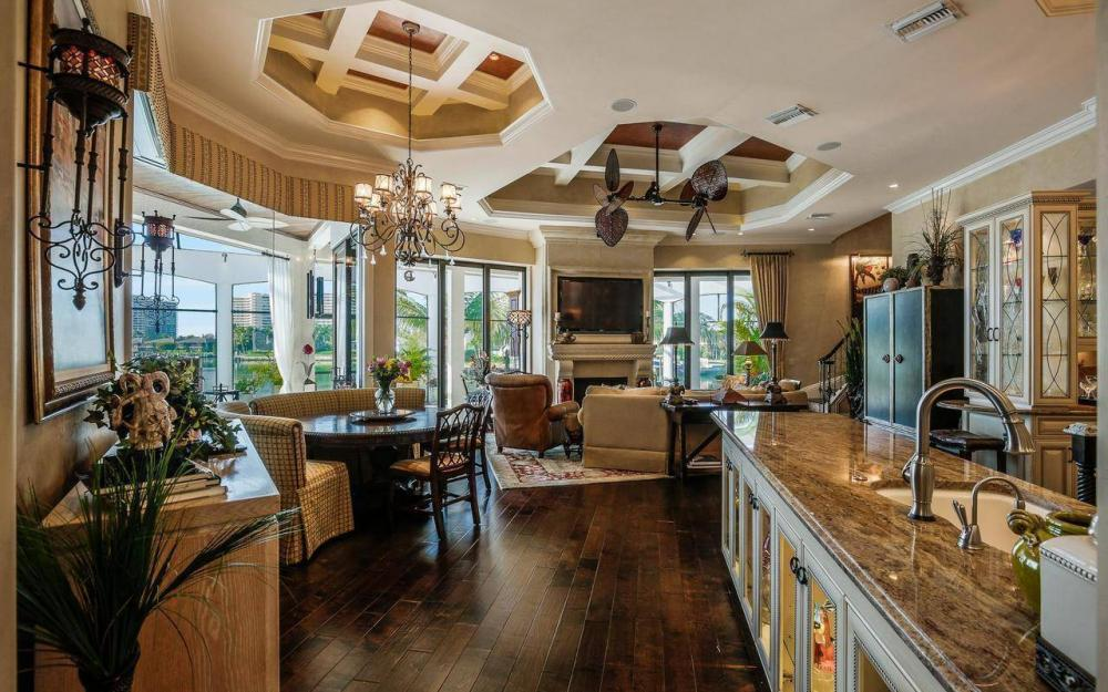 510 Mangrove Ct, Marco Island - House For Sale 676135487