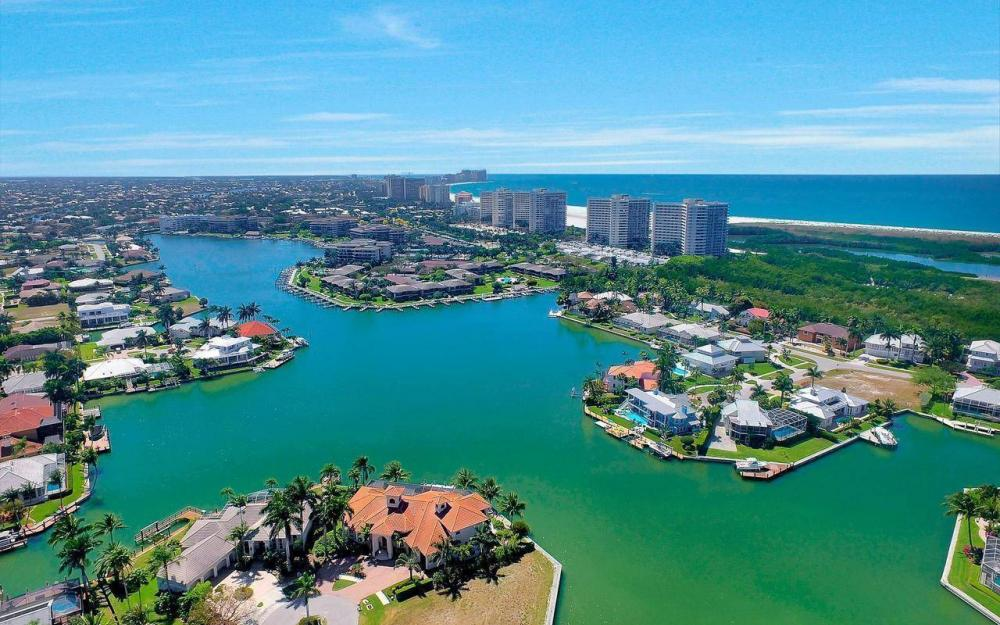 510 Mangrove Ct, Marco Island - House For Sale 2076745285