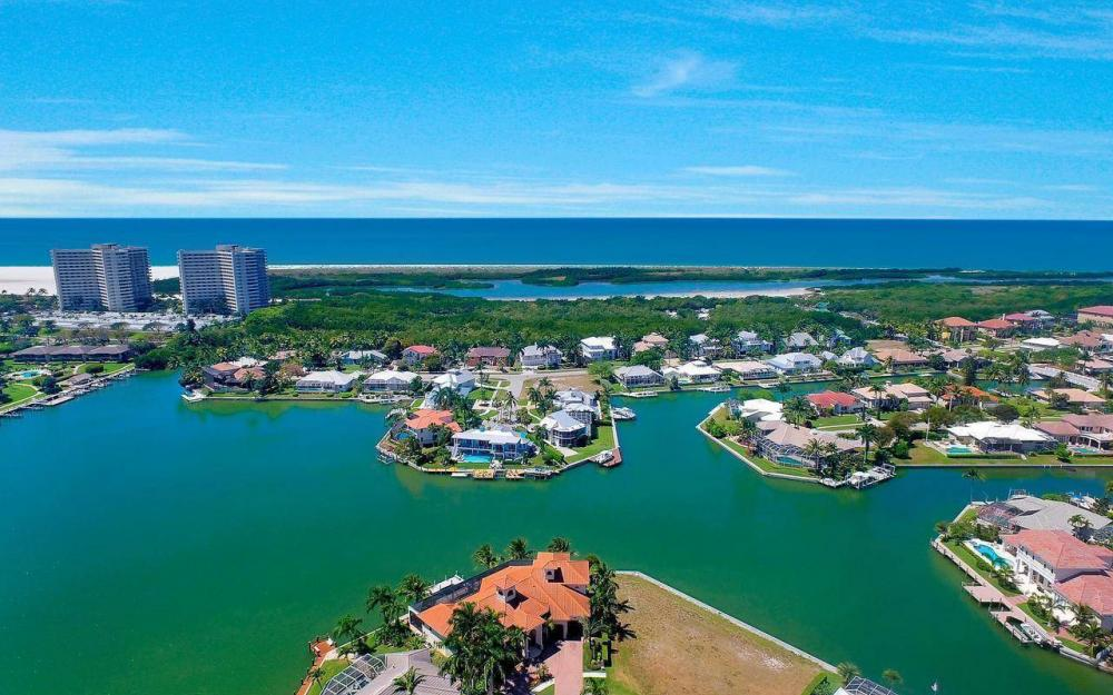 510 Mangrove Ct, Marco Island - House For Sale 1314459380