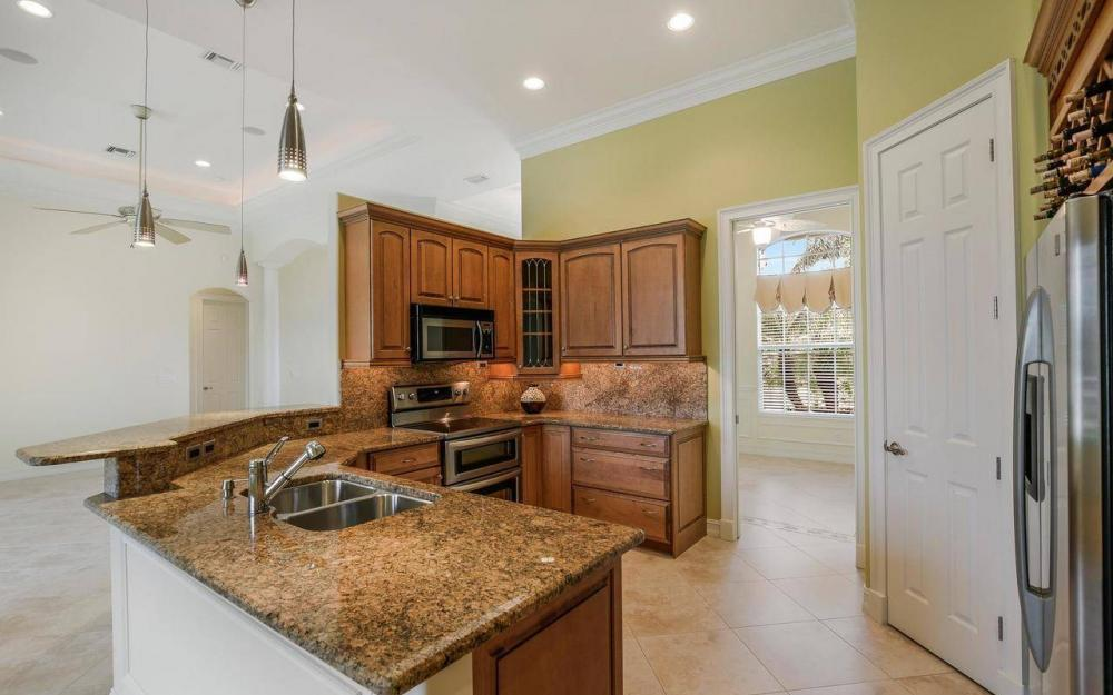 1620 Winterberry Dr, Marco Island - House For Sale 965519791