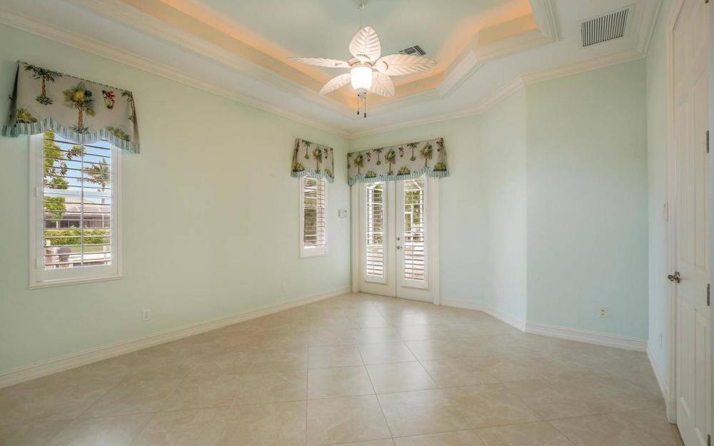 1620 Winterberry Dr, Marco Island - House For Sale 1537139