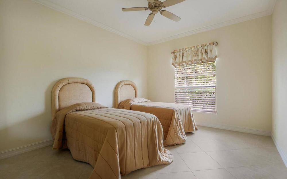 1620 Winterberry Dr, Marco Island - House For Sale 916583599