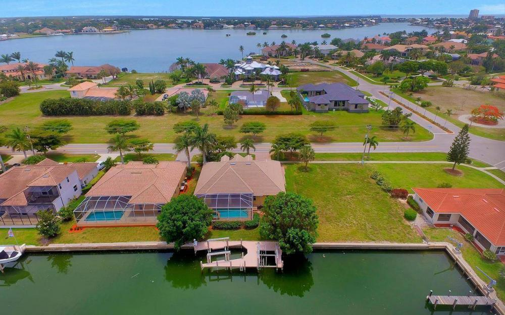 1620 Winterberry Dr, Marco Island - House For Sale 1838679654