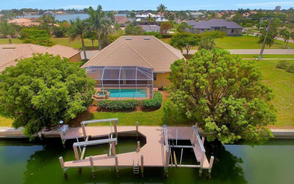1620 Winterberry Dr, Marco Island - House For Sale 177850993