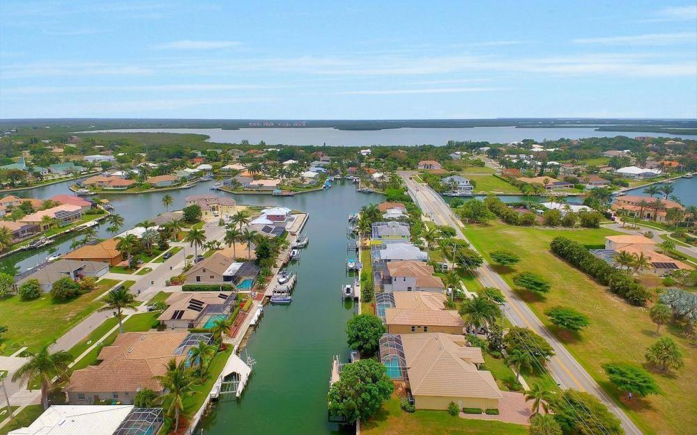 1620 Winterberry Dr, Marco Island - House For Sale 1247776296