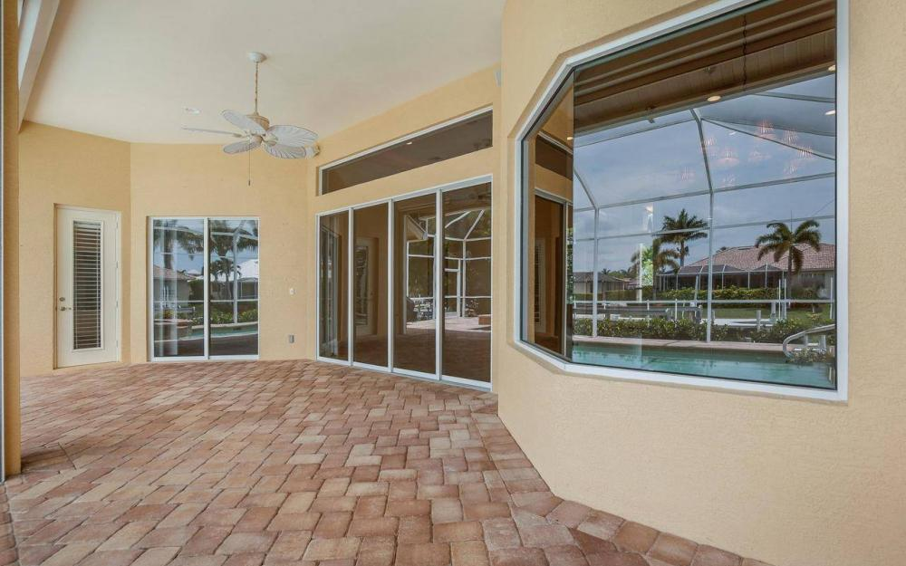 1620 Winterberry Dr, Marco Island - House For Sale 530518021