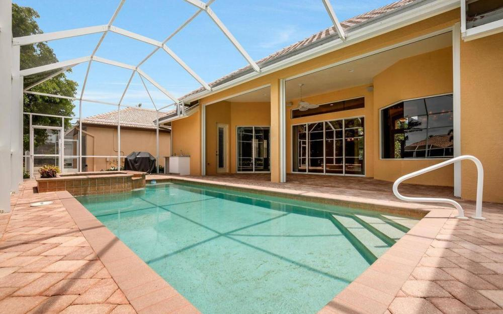 1620 Winterberry Dr, Marco Island - House For Sale 476135307