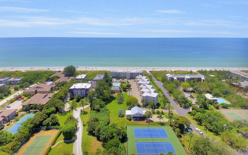 610 Donax St, Sanibel - Tri-Plex For Sale 1019482205