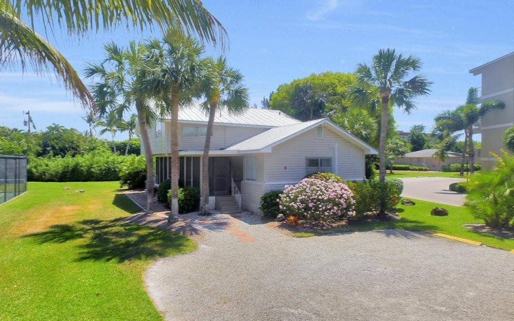 610 Donax St, Sanibel - Tri-Plex For Sale 910919403