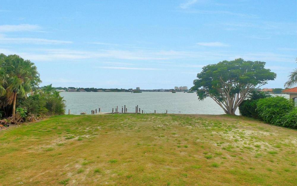 580 S Barfield Dr, Marco Island - Lot For Sale 1363613835
