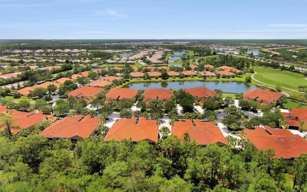 10590 Sevilla Dr #101, Ft.Myers - Condo For Sale 972928761