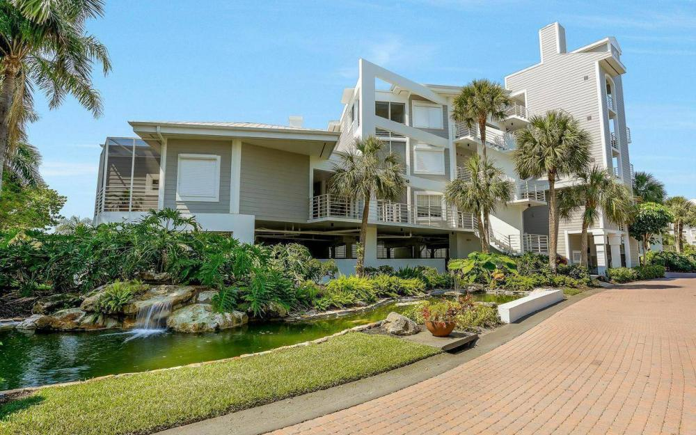 812 Hideaway Circle East #133, Marco Island - Condo For Sale 978200026