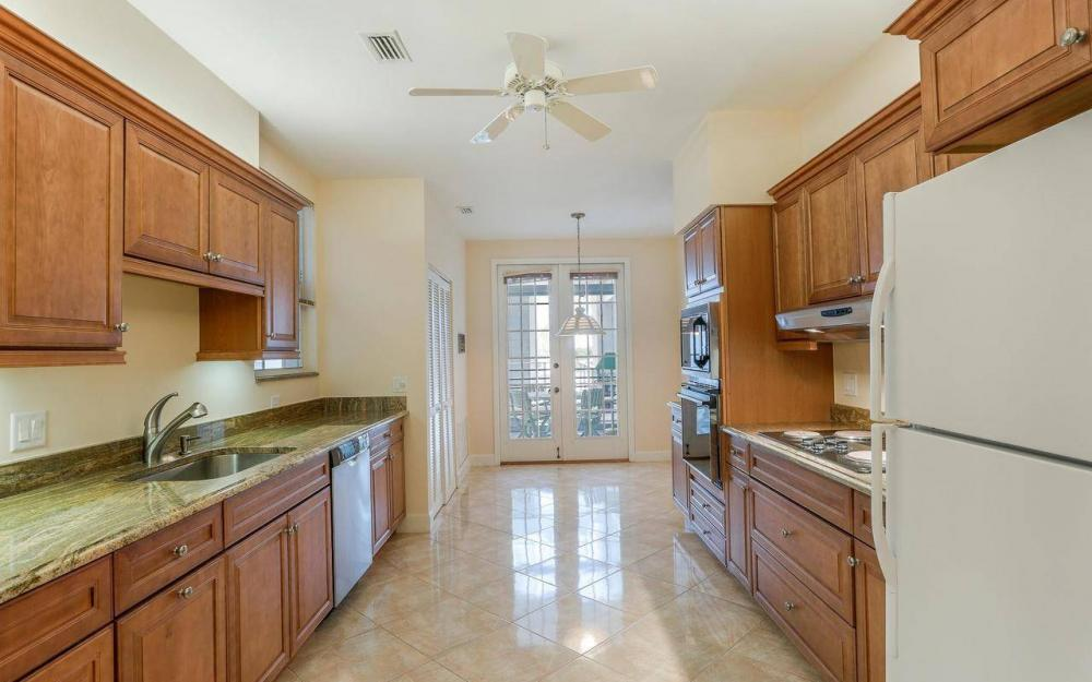 812 Hideaway Circle East #133, Marco Island - Condo For Sale 2039481743
