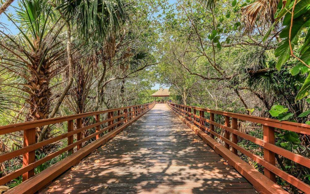 812 Hideaway Circle East #133, Marco Island - Condo For Sale 171219105